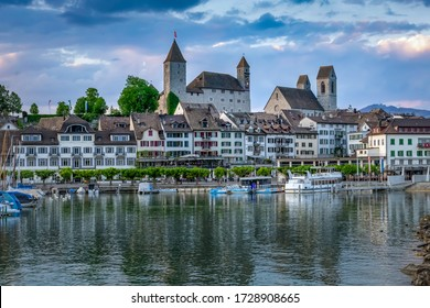View of the Rapperswil harbour and altstadt (old city) dominated by its castle and Stadtpfarrkirche (St. John's Church), Rapperswil-Jona, St. Gallen, Switzerland