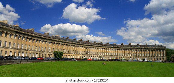 a view of royal crescent with lawn
