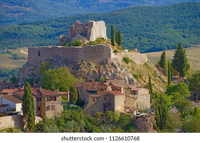 View of the ruins of a medieval castle in the Castiglione d'Orcia. Tuscany, Italy