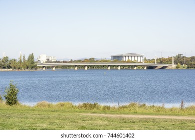 View From the shore of Lake Burley Griffin