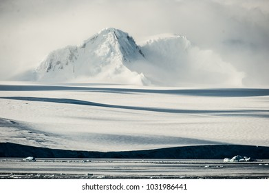 A view of the shore line on Livingston island, Antarctica.