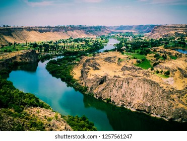 View of the Snake River, taken from Perrine Bridge in Twin Falls, Idaho.