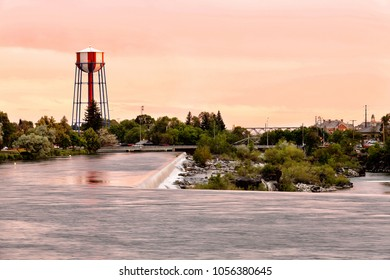 A view of the Snake river and the water fall that the city of Idaho Falls, ID USA is named after.