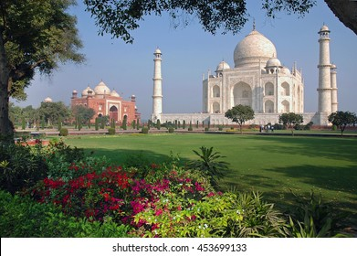 View of the Taj Mahal and nearby buildings from the outdoor gardens of the complex, located in the city of Agra , India