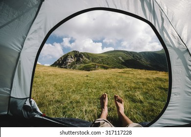 Tent bare paramours