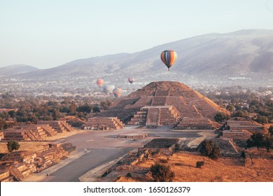 View of the Teotihuacan pyramids from an air balloon