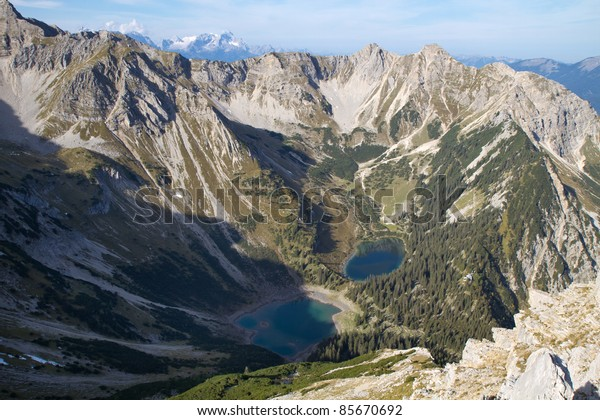 """View from the top of the """"Gumpenkarspitze"""" peak, bavarian alps"""