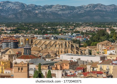 View of Tortosa Cathedral and city buildings, Catalonia, Tarragona, Spain