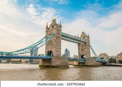 View of the Tower Bridge in London