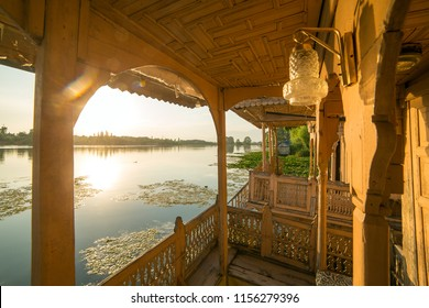 Luxury Houseboat Images Stock Photos Vectors Shutterstock