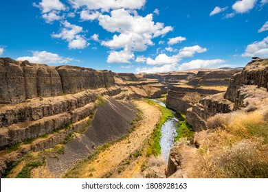 A view from the trail viewpoint above the Palouse Falls State park of the canyon and river during summer in Washington State, USA