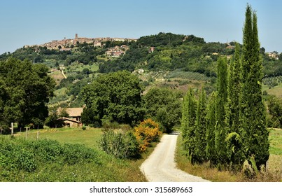 View of the Tuscan village of Radicondoli, Italy