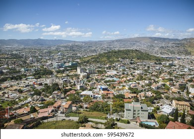 A view of an upscale neighbourhood in the city of Tegucigalpa in Honduras.