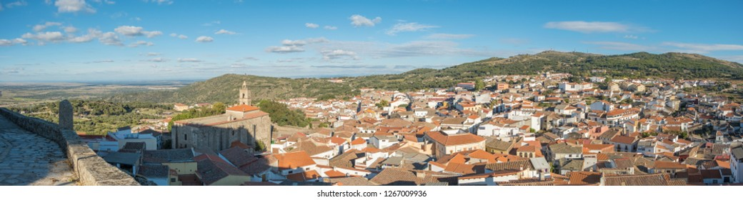 View of the village of Montachez from the Castillo area, located in Cáceres. Extremadura Spain