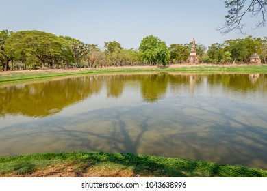 View of Wat Mahathat and surroundings, Sukhothai Historical Park, Thailand