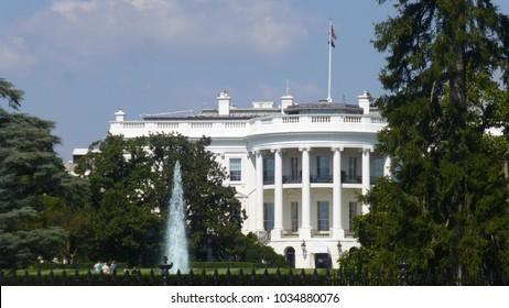 View of the White House in Washington DC, USA.