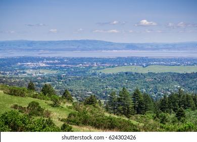 View from Windy Hill towards Palo Alto and Menlo Park, Silicon Valley, San Francisco Bay Area, California