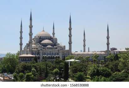 view-wonderful-blue-mosque-260nw-1568530