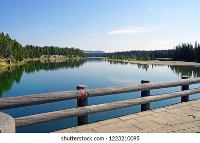 View of the Yellowstone Lake in Yellowstone National Park, Wyoming, United States