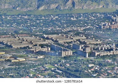 """View of the """"ZEN"""" district of Palermo. notorious area of the city"""