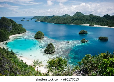 Viewpoint of the clear waters of Wayag Island, one of the islands within the Raja Ampat district in the province of West Papua, Indonesia