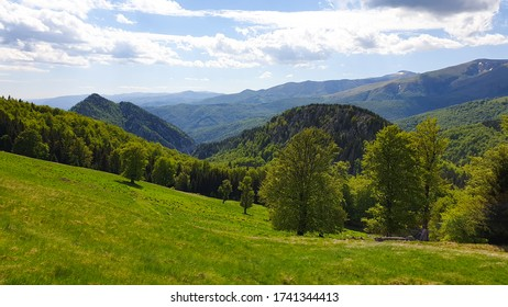 Viewpoint from Oslea Mountain to Cerna Mountains, Valcan Mountains, Romania