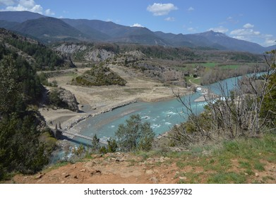 Views of the Ara River in the Aragonese Pyrenees and the only remaining 19th century bridge in Spain, Huesca, Spain.