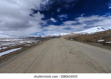 Views of East Pamir.