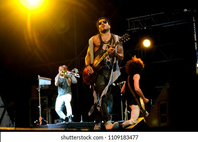 """Vigevano Italy, from 13 June to 24 July 2012, live concerts""""10 Giorni Suonati 2012"""" Festival at the Castle of Vigevano: Thursday 19 July 2012, the singer and guitarist Lenny Kravitz during the concert"""