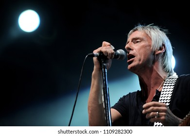"""Vigevano Italy, from 13 June to 24 July 2012, live concerts """"10 Giorni Suonati 2012"""" Festival at the Castle of Vigevano: Thursday 12 July 2012, the singer and guitarist Paul  Weller during the concert"""