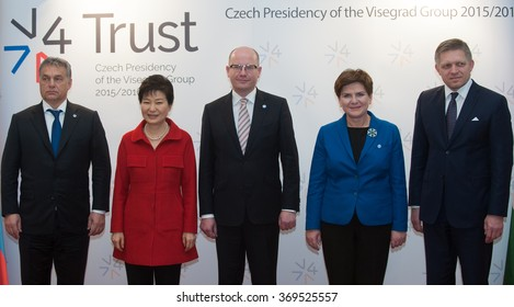 Viktor Orban , Bohuslav Sobotka, Beata Szydlo , Robert Fico and and South Korean President Park Geun-hye, during meeting in Prague, Czech Republic, December 3, 2015.