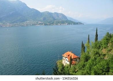 Villa overlooking beautiful Lake Como, Italy