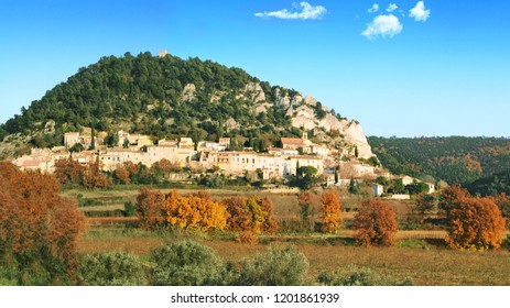 The village of Séguret among the vines in the colors of autumn, Provence.
