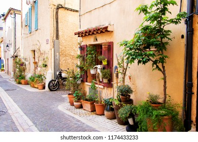Village Cassis in Provence Cote d'Azur, Residential street typical village in South France Provence