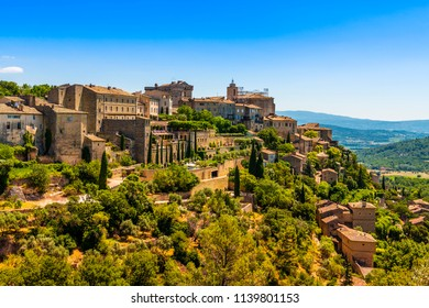 Village of Gordes in the Vaucluse in Provence, France