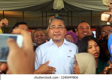The Village Minister of the Republic of Indonesia Eko Putro Sandjojo visited residents in the city of Semarang, Central Java, 22 November 2018