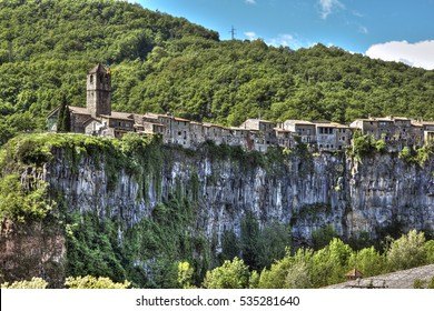 Village on the cliff. Castellfollit of the Rock. Girona. Spain
