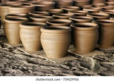 Villages Dan kwian pottery One of the villages of Tambon Dan kwian Chok Chai District.