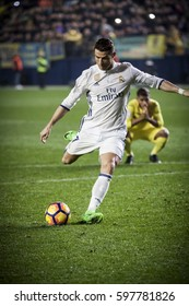 VILLARREAL, SPAIN - FEBRUARY 26: 7 Cristiano Ronaldo during La Liga match between Villarreal CF and Real Madrid at Estadio de la Ceramica on February 26, 2017 in Villarreal, Spain
