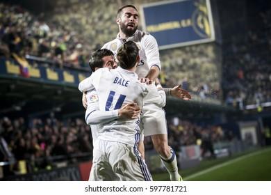 VILLARREAL, SPAIN - FEBRUARY 26: Madrid players celebrate a goal during La Liga match between Villarreal CF and Real Madrid at Estadio de la Ceramica on February 26, 2017 in Villarreal, Spain