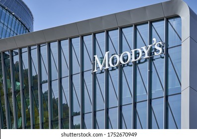 Vilnius / Lithuania - 05 01 2020: Moody's logo on new office building
