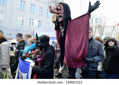 VILNIUS, LITHUANIA - MARCH 2: Unidentified peoples parade in annual traditional crafts fair - Kaziuko fair on Mar 2, 2013 in Vilnius, Lithuania