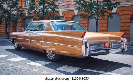 VILNIUS, LITHUANIA-JUNE 10, 2017: 1963 Cadillac Sedan de Ville Park Avenue at the city streets.