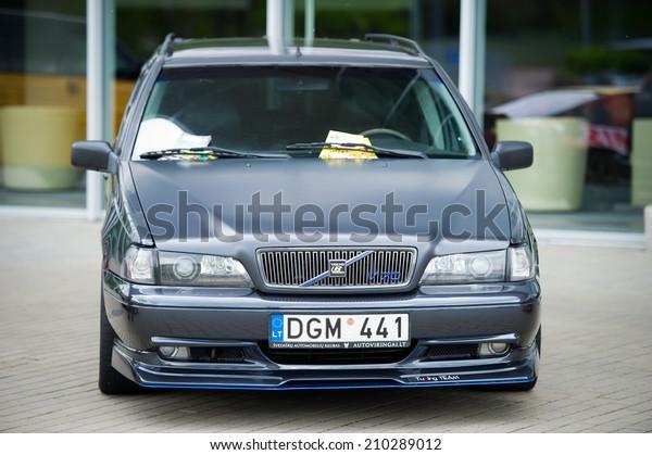 Vilnius May 9 Volvo V70 R Stock Photo (Edit Now) 210289012