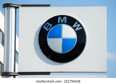 500 Bmw Logo Pictures Royalty Free Images Stock Photos And Vectors