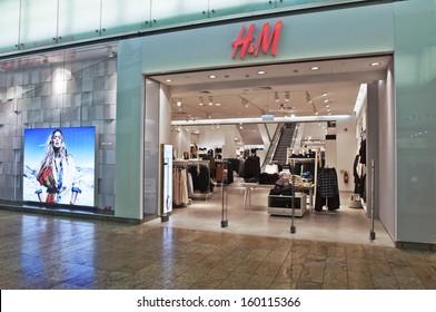 VILNIUS - OCTOBER 24: H&M store on October 24, 2013 in Vilnius.