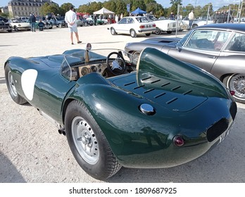 Vincenne, France - 06 septembre 2020 : Lister Knobbly green at classic collection carshow