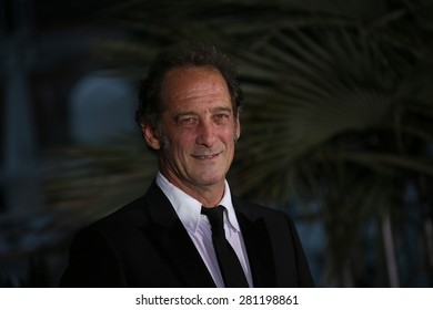 Vincent Lindon attends a photocall for the winners of the Palm D'Or during the 68th annual Cannes Film Festival on May 24, 2015 in Cannes, France.