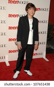 Vincent Martella  at the Teen Vogue Young Hollywood Party. Los Angeles County Museum of Art, Los Angeles, CA. 09-18-08