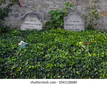 Vincent Van Gogh and Theodore Van Gogh tomb on a rural cemetery. Auvers-sur-Oise, department of Val-d'Oise, region Ile-de-France, France. August 26, 2017. Editorial photo